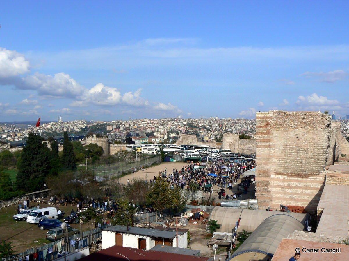 Edirnekapı Sur Dibi Pazaryeri | Caner Cangül Fotoğrafları